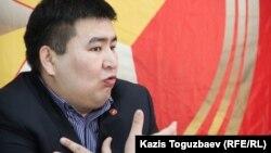 Елнур Бейсенбаев, секретарь филиала Коммунистической народной партии Казахстана. Алматы, 6 февраля 2015 года.