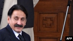 Pakistani Supreme Court Chief Justice Iftikhar Chaudhry leaves for the Supreme Court from his residence in Islamabad on March 24.