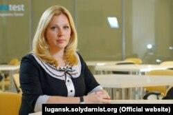 Начальник управління культури Луганської ВЦА Аліна Адамчук заперечує можливість гастролей