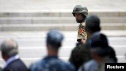 سربازان کره جنوبی و آمریکا در منطقه حائل نظامی بین دو کره