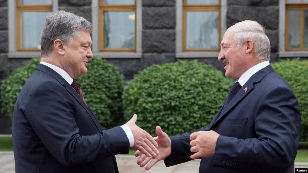 0728912b10380e pravda.com.ua Лукашенко знову запевнив, що з території Білорусі не буде  агресії проти України – Порошенко