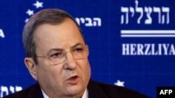 Израелскиот министер за одбрана Ехуд Барак