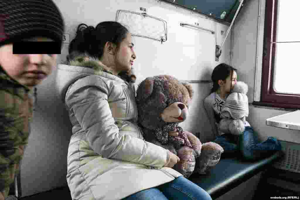 Чеченские беженцы на пути из Беларуси в Польшу. Брест, 2.02.2017