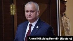 Своє рішення суд пояснює тим, що Ігор Додон не розпустив парламент на вимогу Конституційного суду
