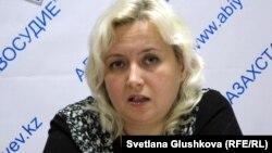 Адвокат Елизавета Ахметова. Астана, 11 қазан 2013 жыл.