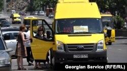 """До конца текущего года компания """"Тбилисский микроавтобус"""" планирует установить до шестисот камер, то есть примерно в каждой третьей маршрутке"""