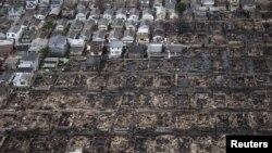 """Ню Йорк шаҳрининг """"Сэнди"""" довули вайрон қилган Квинз қисми, 2012 йил 31 октябр."""