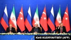 Лидеры России, Ирана и Турции на встрече в Тегеране, 7 сентября 2018 года
