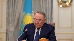 Азия: отставка Назарбаева