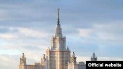 МГУ - крупнейший из российских вузов