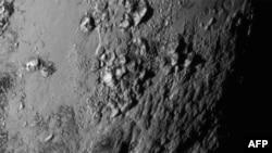 Плутон крупным планом