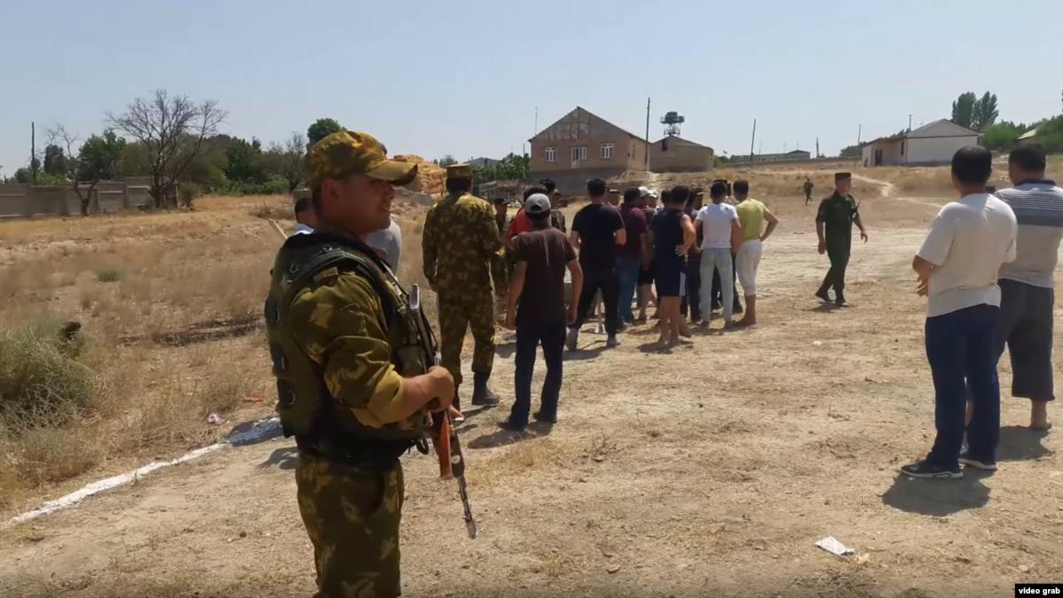 Deadly Clashes On Tajik-Kyrgyz Border Leave One Dead