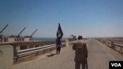 """Боевики радикальной группировки """"Исламское государство""""."""