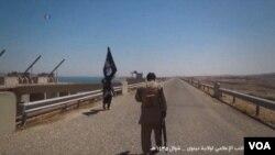"""لقطة من عمل دعائي لـ""""داعش"""""""