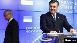 Герман ван Ромпей і Віктор Янукович після саміту Україна-ЄС у Брюсселі, 25 лютого 2013 року