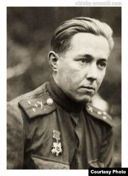 Офицер Солженицын