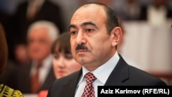 Заведующий отделом общественно-политических вопросов администрации президента Азербайджана Али Гасанов (архив)