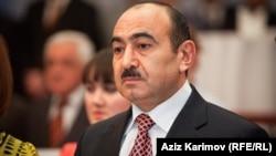 Azərbaycan Respublikası Prezidenti Administrasiyası ictimai-siyasi məsələlər şöbəsinin müdiri Əli Həsənov