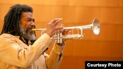 Вадада Лео Смит, американски трубач, композитор и музички иноватор