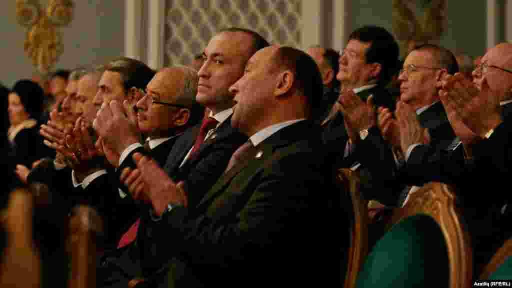 Татарстанның авыл хуҗалыгы министры Марат Әхмәтов белән Азнакай башлыгы Марсель Шәйдуллин