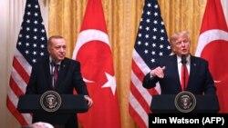 ټرمپ او اردوغان په یوه خبري کنفرانس کې راڅرګند شول