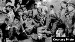 Гурезаҳои тоҷик дар Кампи Сахӣ. Соли 1993