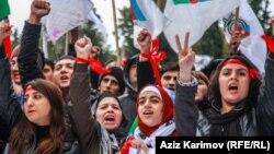 Президент сайлауының нәтижесіне қарсылық шеруі. Баку, Әзербайжан, 27 қазан 2013 жыл.