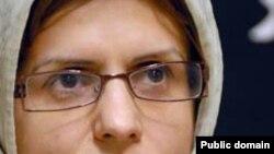 ژیلا بنییعقوب، روزنامهنگار ایرانی