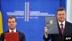 Președinții Rusiei și Ucrainei la întîlnirea de luni de la Kiev