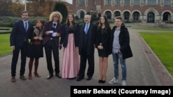 Srednjoškolci iz Jajca u Hagu sa Lambertom Zannierom iz OSCE