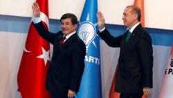 Թուրքիայի իշխող ուժը կորցնում է ազդեցիկ ներկայացուցիչներին