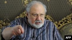 Рустам Ибрагимбеков выбыл из борьбы за пост президента Азербайджана