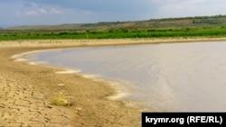 Міжгірне водосховище в Криму, архівне фото