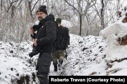 В окопах Донбасу журналіст-фріленсер італійського видання La Stampa Роберто Траван