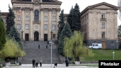 Armenia - Law-enforcement officers carry out forensic tests outside the parliament building in Yerevan, 22Mar2013.
