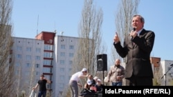 Михаил Щеглов на первомайском митинге ЛДПР