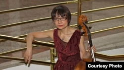 Kazakh cellist Alfia Nakipbekova says she never thought of going back.