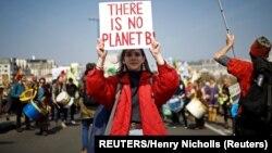 معترضان گروه «شورش علیه انقراض»