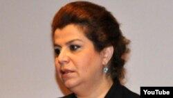 Бывший член ПЕА, бывший депутат Гюляр Ахмедова.