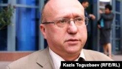 «Бота» қорының қамқоршылар кеңесінің мүшесі Сергей Злотников. Алматы, 6 қазан 2010 жыл.