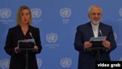 Еуропа Одағының сыртқы саясат жөніндегі өкілі Федерика Могерини (сол жақта) мен Иран сыртқы істер министрі Жавад Зариф. Вена, 16 қаңтар 2016 жыл.