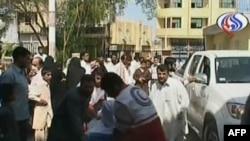 تصویر برگرفته از تلویزیون العالم اندکی پس از وقوع انفجار در منطقه سرباز