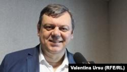 Roman Mihaeș, comentator politic