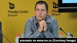 Dušan Spasojević: Srpska napredna stranka je zasnovana na Vučićevoj popularnosti u biračkom telu i bila bi ludost očekivati da Nebojša Stefanović ili neko drugi iz partijskog vrha odluči da izađe iz stranke i da se kandiduje protiv Vučića.