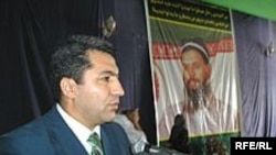 Muhiddin Kabiri, leader of the Tajik Islamic Renaissance Party, shown here in 2006, was refused entry to a state prison.