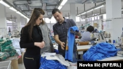 "U fabrici ""Jasmil"", foto: Novka Ilić"