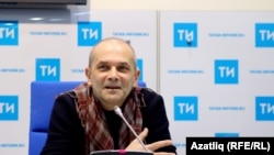 Фәрит Бикчәнтәев, Камал театрының баш режиссеры
