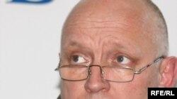Владимир Козлов, тіркелмеген «Алға» партиясының үйлестіру кеңесінің төрағасы. Алматы, 14 қазан 2009 жыл.