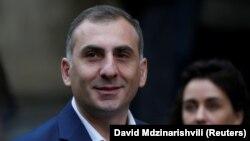 Беспартийный Элисашвили понравился избирателям, но понравится ли им Элисашвили с партбилетом?