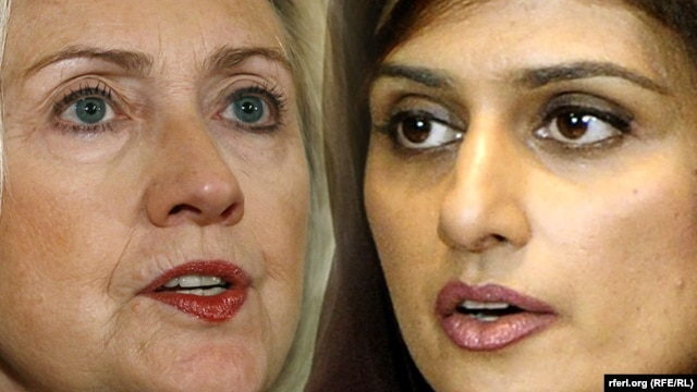 Hillary Clinton (left) met with the Pakistani foreign minister in London.